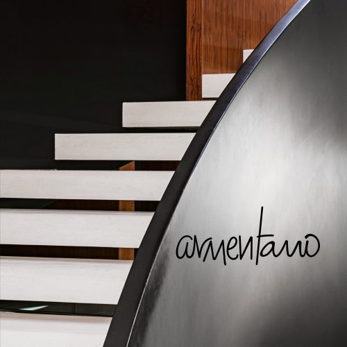João Armentano lança primeira coletânea de projetos de arquitetura e design de interiores