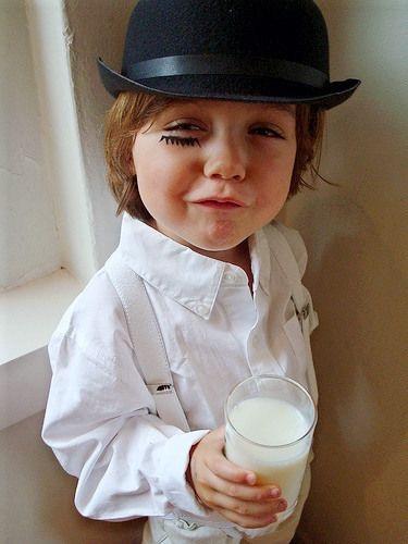 """Crianças podem consumir """"leite"""" vegetal?"""
