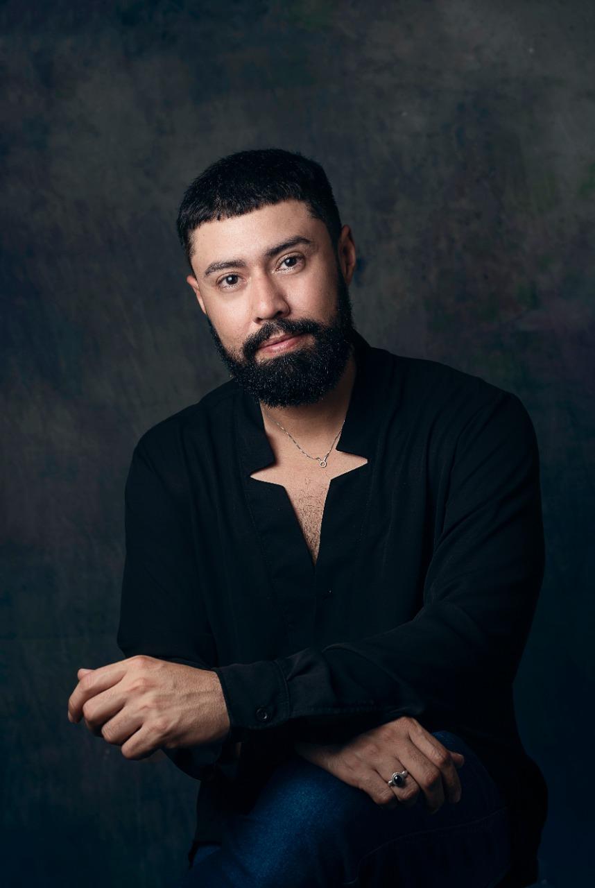 Autor cearense lança livro de poesias sobre sentimentos cotidianos