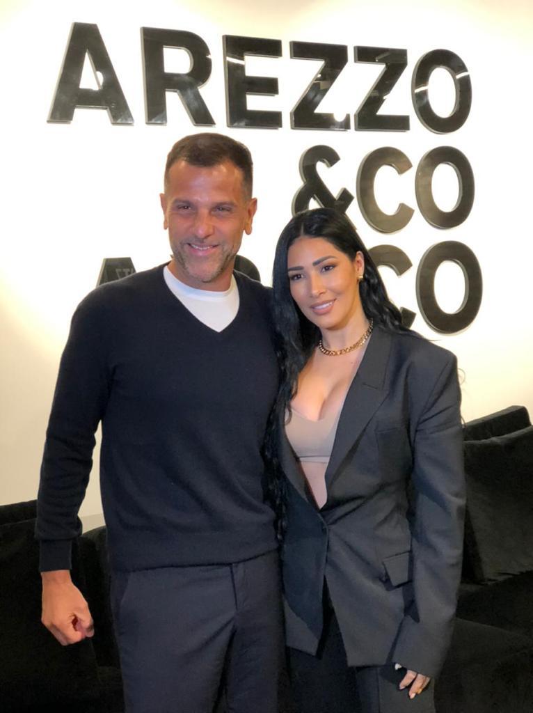 Mercado Livre e Arezzo & Co firmam parceria estratégica em lançamento de nova marca de moda feminina